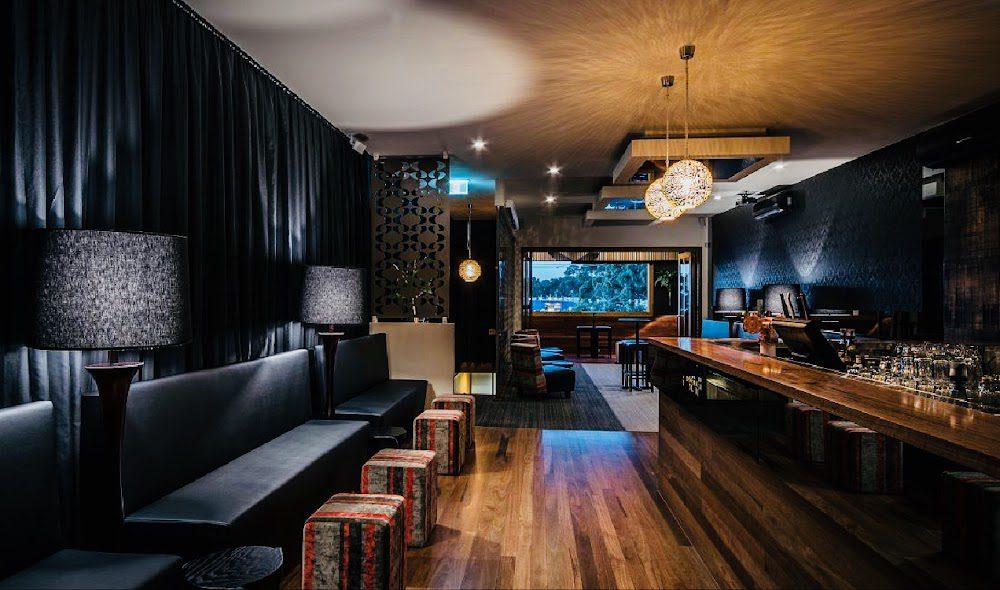 Montania Cafe – Bar – Restaurant